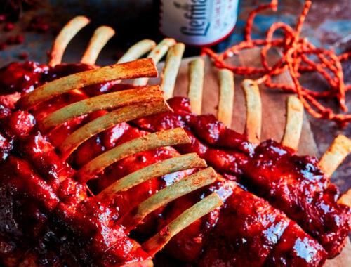 Suckling pig racks with Liefmans & red fruit glaze-header